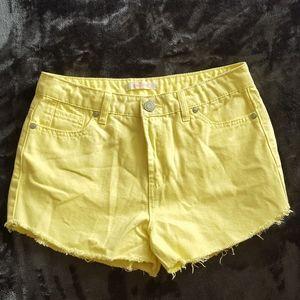 Yellow wash Refuge jean shorts